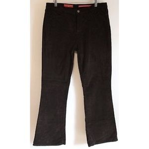 NYDJ Tummy Tuck Black Corduroy Jeans #600 size 16